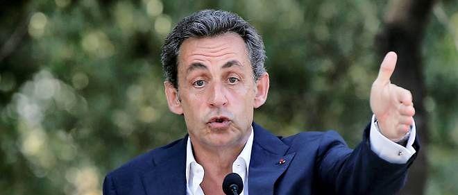 En déplacement en Tunisie, Nicolas Sarkozy a provoqué l'ire de l'Algérie.