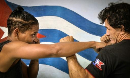 La boxeuse cubaine Namibia Flores lors d'un entraînement à La Havane, le 15 juin 2015 © ADALBERTO ROQUE AFP