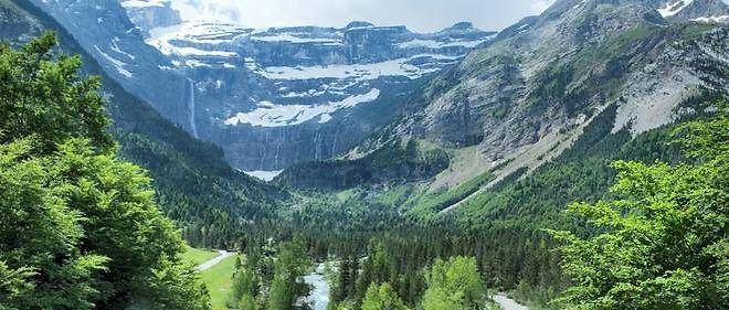 Le corps de l'adolescent a finalement été retrouvé une semaine plus tard, mercredi 22  juillet, dans une zone de talus herbeux du cirque, un des hauts lieux touristiques des Pyrénées à la frontière entre la France et l'Espagne.