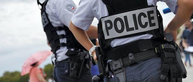 Dimanche matin vers 8 heures, dans le quartier des Champs-Élysées, une  voiture a percuté un autre véhicule avant de prendre la fuite pour se  soustraire à un contrôle de policiers déployés pour l'arrivée du Tour de  France (photo d'illustration).