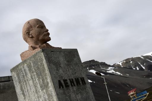Un buste de Lénine dans la ville norvégienne de Pyramiden, en Arctique le 19 juillet 2015 © DOMINIQUE FAGET AFP