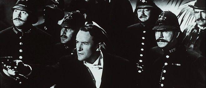 """Extrait du film """"Jack l'éventreur""""."""