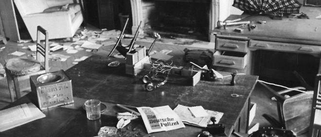 La chambre d'une maison reconvertie en bureau de la Gestapo pendant la Seconde Guerre mondiale à Paris.