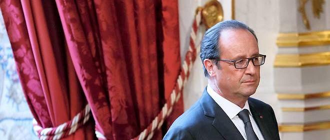 """François Hollande a promis des baisses d'impôts en 2016 """"quoi qu'il arrive""""."""