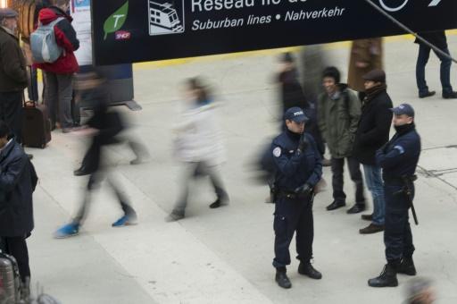 Surveillance policière le 5 décembre 2012 à la Gare du Nord, à Paris © FRED DUFOUR AFP/Archives