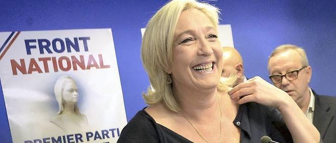 """""""Je pense que les réfugiés politiques sont ultra minoritaires. J'en veux pour preuve les images que je vois à la télévision. Moi, j'ai vu les images des clandestins qui descendaient, qui étaient emmenés en Allemagne de la Hongrie. Et bien, dans ces images, il y a 99 % d'hommes"""", a déclaré Marine Le Pen."""