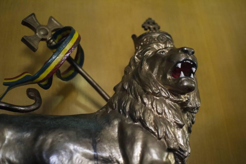 Représentation du Lion de Judée dans le bureau de Hailié Selassié dans le wagon impérial. ©  Antoine Galindo