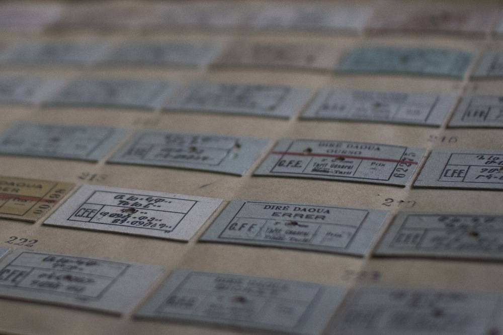 Les tickets du train. ©  Antoine Galindo