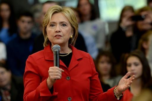 La candidate à la primaire démocrate Hillary Clinton prend la parole dans une université de Manchester (New Hampshire), le 5 octobre 2015 © Darren McCOLLESTER GETTY IMAGES NORTH AMERICA/AFP/Archives