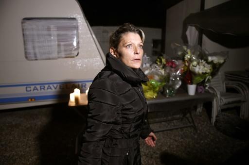 Adele Vinterstein, la mère de l'un des jeunes morts dans un accident après avoir commis un cambriolage, le 20 octobre 2015 à Moirans © PHILIPPE DESMAZES AFP