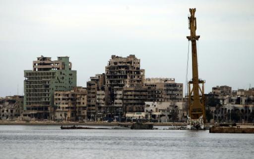 Des bâtiments détruits à Benghazi, dans l'est de la Libye, le 20 octobre 2015 © ABDULLAH DOMA AFP