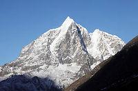 Au Népal, les plus hauts sommets de l'Himalaya subissent eux aussi le réchauffement planétaire.