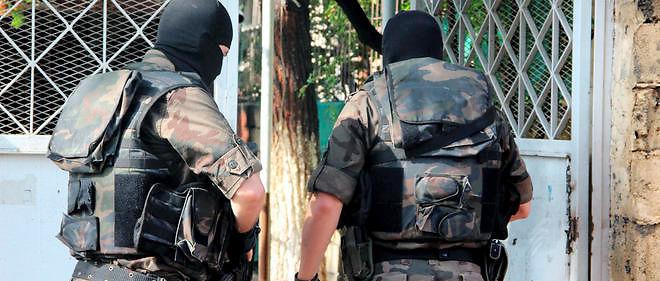 Turquie : comment la police a suivi un djihadiste chauve ...