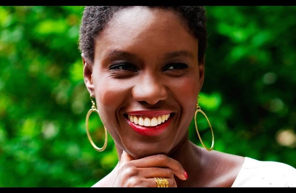 """Rokhaya Diallo par la photographe Brigitte Sombié pour la sortie du livre """"Afro"""". ©  Brigitte Sombié"""