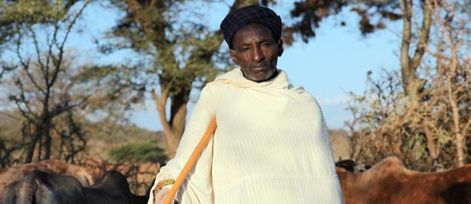 Satu est un éleveur semi-nomade qui vit dans le Sud de l'Ethiopie. ©Gaël Derive