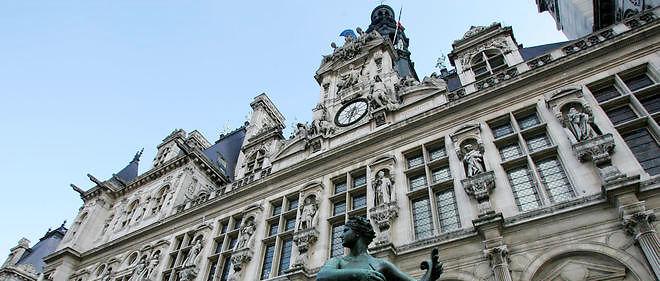 """Des services de la mairie de Paris font face à plusieurs cas de radicalisation, selon """"Le Parisien""""."""