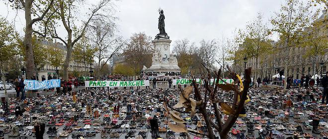 ece05b577b780c Paris : la place de la République recouverte de chaussures - Le Point