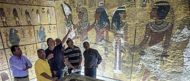 Existe-t-il vraiment une tombe secrète dissimulée derrière celle du jeune pharaon découvert par Carter et Carnarvon ?
