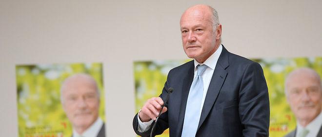 Alain Rousset est un ancien cadre d'Elf-Aquitaine.