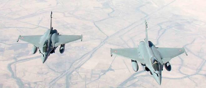 Deux Rafale en mission de reconnaissance en Irak le 15 septembre 2014 (photo d'illustration).