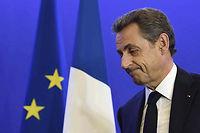 François Hollande a bien compris le parti qu'il pouvait tirer du piège dans lequel se débat la droite. ©ERIC FEFERBERG