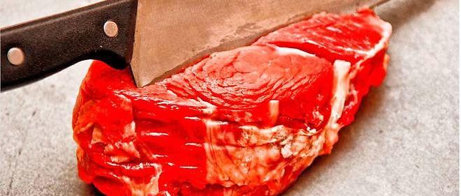 Il est préférable de consommer de la viande rouge en quantité modérée et en provenance d'élevages de plein air, et de l'associer avec suffisamment de légumes et de fruits.