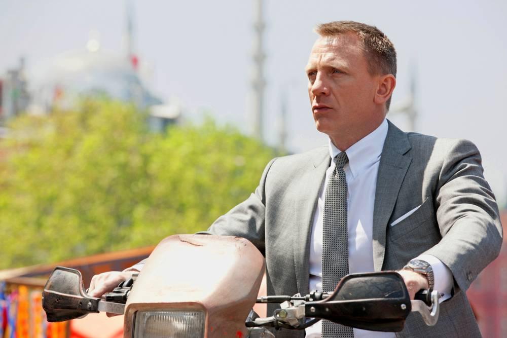 Daniel Craig incarne James Bond