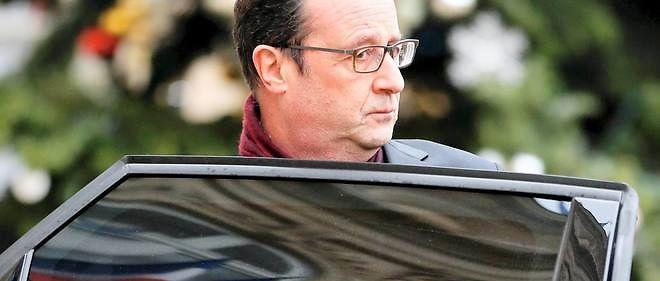 François Hollande se rêve en grand maître de l'unité nationale pour mieux contrer le FN et... Les Républicains.