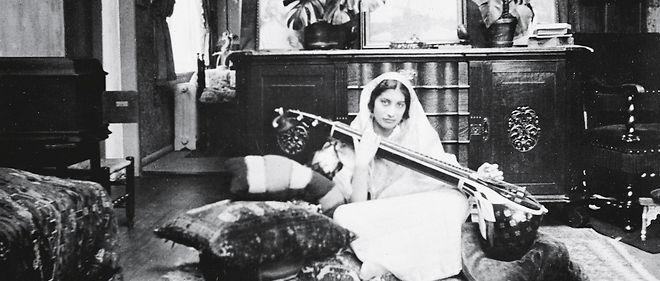 Noor Inayat Khan (1914-1944). Descendante du sultan Tipu Sahib, cette beauté indienne adepte de Gandhi  vivait à Suresnes depuis 1920.