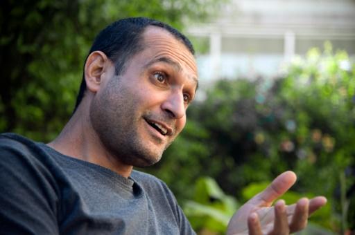 Youval Delshad, réalisateur israélien d'origine iranienne, le 8 décembre 2015, lors d'une interview avec l'AFP à Tel Aviv © AHIKAM SERI AFP