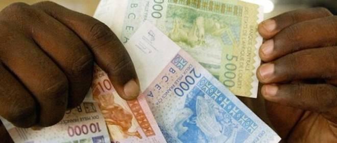 Le franc CFA (franc des colonies françaises d'Afrique et aujourd'hui franc de la Communauté financière africaine) est la monnaie de plusieurs pays d'Afrique constituant en partie la zone franc.