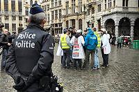 Cinq personnes au total ont été interpellées depuis dimanche soir à Bruxelles, dans le cadre de l'enquête sur les attentats de Paris. ©NICOLAS LAMBERT