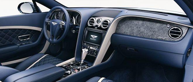 Les Bentley  Continental et Flying Spur sont désormais personnalisables au moyen de placages de pierre, d'ardoise et de quartzite.