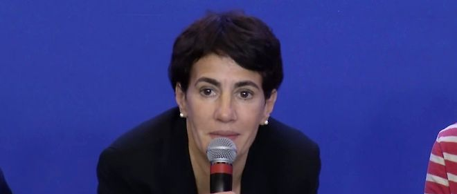 Nadia Hamour, secretaire nationale a l'integration des Republicains, lors d'un debat sur l'immigration en septembre 2015.