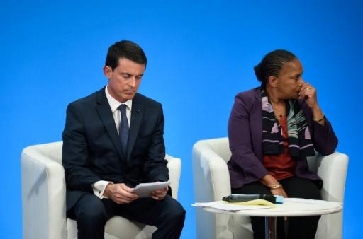 Manuel Valls et Christiane Taubira lors d'une conférence de presse à l'Elysée le 23 décembre 2015 © Eric FEFERBERG POOL/AFP/Archives