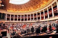 Les missions d'information de l'Assemblée nationale française (photo) sont à celles du Congrès américain ce que les enquêtes du gendarme de Saint-Tropez sont aux investigations d'Interpol : un tout petit peu de bruit pour rien. ©PATRICK KOVARIK