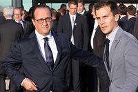 Francois Hollande et Gaspard Gantzer, son conseiller en communication. ©Philippe Wojazer