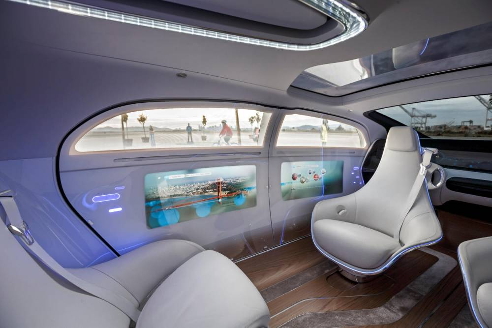 Intelligent Drive Experience de Mercedes-Benz dans la F015. © Daimler AG, Daimler AG