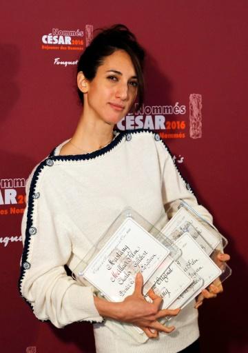 """La cinéaste franco-turque Deniz Gamze Ergüven, réalisatrice de """"Mustang"""", le 6 février 2016 à Paris © FRANCOIS GUILLOT AFP"""