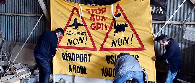 Les opposants à l'aéroport continuent de mettre la pression sur les autorités.