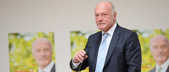 Le président socialiste de la nouvelle grande région Aquitaine-Limousin-Poitou-Charentes a constaté des dérives financières dans l'ancien fief de Ségolène Royal