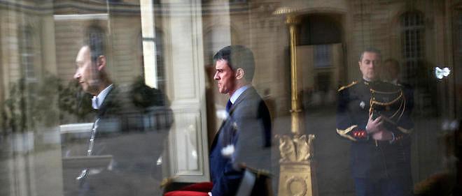"""Philippe Pascot détaille comment Manuel Valls, """"qui serre la ceinture à tout le monde"""", a augmenté ses collaborateurs, à l'Intérieur comme à Matignon, de 12 %."""