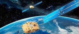 Lorsqu'elle sera opérationnelle, la constellation Galileo offrira plusieurs niveaux de service à l'accès ouvert, ou plus ou moins restreint. Pour cela, les satellites émettront chacun dix signaux différents : six sont prévus pour des applications civiles, deux pour des applications commerciales et deux pour des services étatiques.