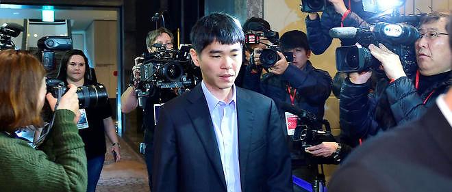 Lee Sedol après sa défaite face au programme informatique AlphaGo, le 12 mars 2016.