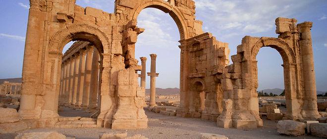 Des bombardements et une avancée de l'armée russe près de Palmyre ont été rapportés par l'Oservatoire syrien des droits de l'homme.