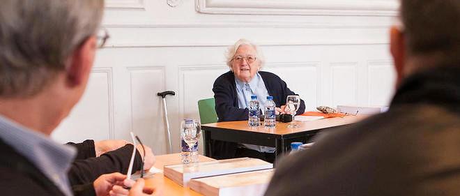 Colette Bourlier a soutenu sa thèse dans le grand salon de l'université de Franche-Comté.