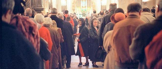 À Saint-Denis, les catholiques fêtent Pâques sereinement. Photo d'illustration.