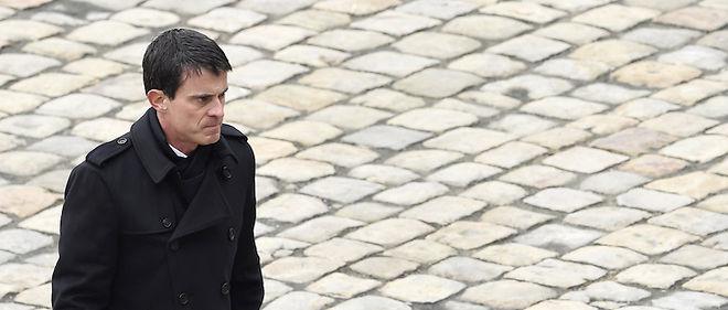 """Manuel Valls regrette l'""""incapacité"""" de la droite et de la gauche à se rassembler sur la réforme constitutionnelle."""