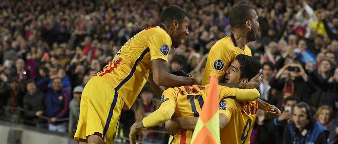 La joie des Catalans après le second but de Suarez qui permet au FC Barcelone de prendre l'avantage face à l'Atlético.