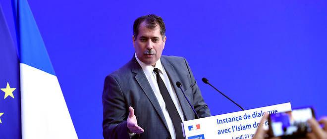 Le président du CFCM, Anouar Kbibech, met en garde Manuel Valls.
